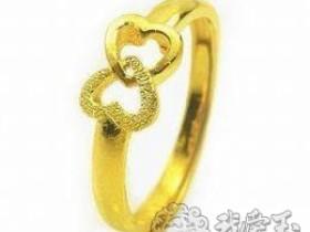戒指 简洁的造型饱含深情