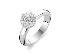 如何选择戒指指圈的大小