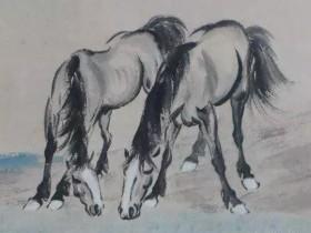 看玉石批发市场里的骏马
