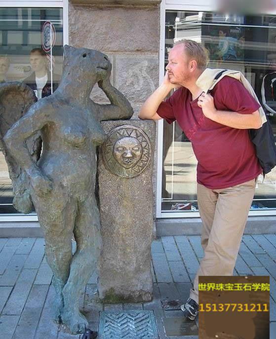 这些雕塑作品,真让人笑得合不上嘴-玉器鉴定师培训核心内容