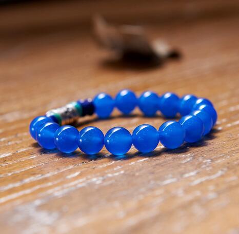 天然蓝玉髓怎么判断? 保养蓝玉髓手串的好方法