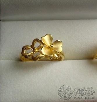 双片三叶草戒指 带来双倍的幸运和幸福