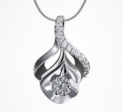 优雅美丽的铂金饰品养护
